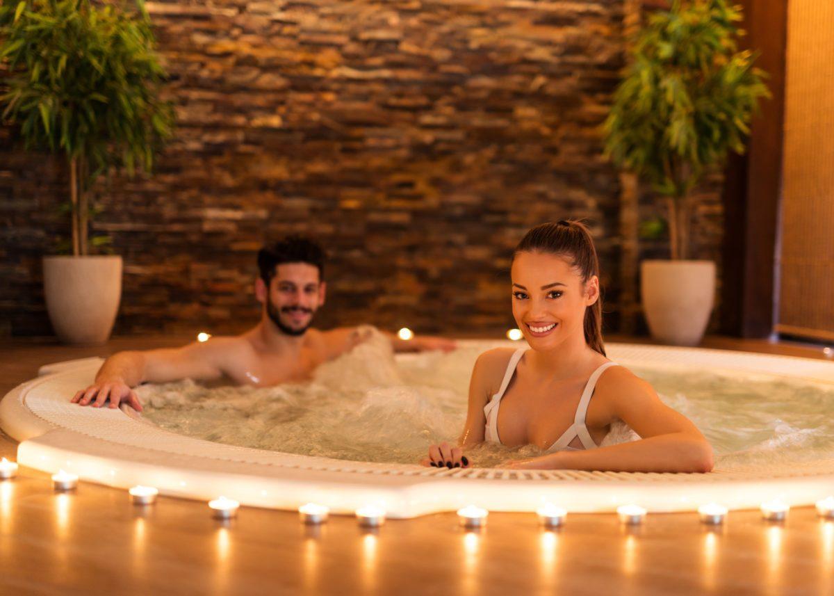 romantic spa with kent escort