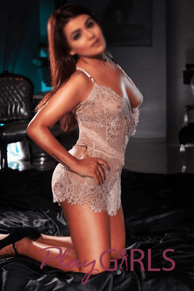 sexy Playgirl in lingerie